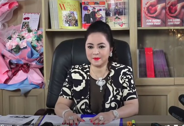 Trước khi bị bắt, Nhâm Hoàng Khang từng là trợ thủ đắc lực nhưng lại bất ngờ quay xe đấu tố bà Phương Hằng - Ảnh 2.