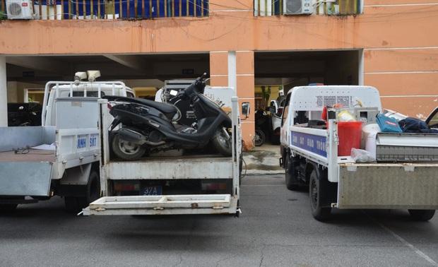 Nhóm trộm dùng nhà hoang làm nơi cất giấu tài sản, công an phải dùng 3 xe tải mới chở hết - Ảnh 5.