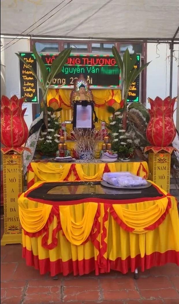 Hình ảnh tang lễ của YouTuber Nam Ok ở quê nhà Bắc Giang: Nhiều bạn bè, anh em thân thiết đến tiễn đưa đoạn đường cuối - Ảnh 3.