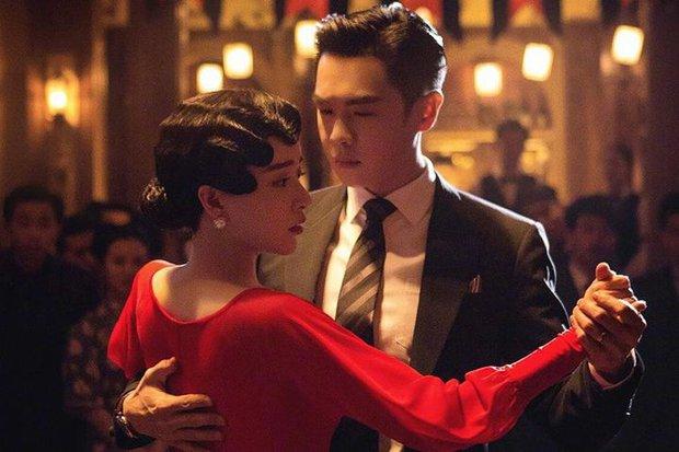 Châu Đông Vũ từng cướp vai nữ chính để yêu Lý Dịch Phong, nào ngờ lãnh nghiệp vì bị khán giả chê thậm tệ? - Ảnh 2.