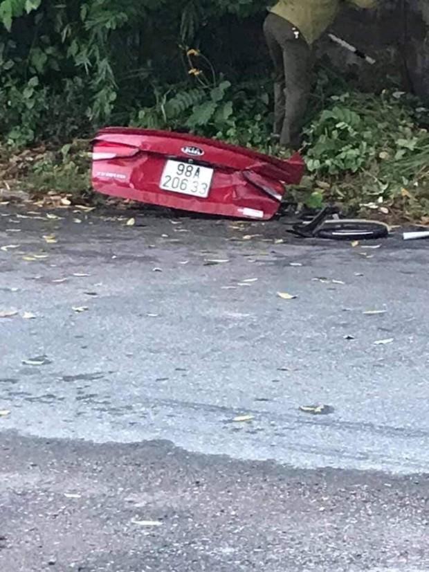 Thực hư đoạn clip nghi là xe ô tô của nhóm YouTuber nổi tiếng lao như tên bắn trước khi gặp tai nạn thảm khốc - Ảnh 5.