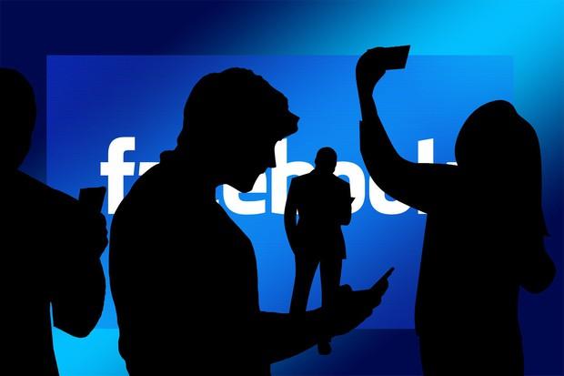 Bạn không cô đơn! Có tới hơn 1,84 tỷ anh em trên MXH từ châu Âu đến châu Á đang kêu gào vì lỗi Facebook đây! - Ảnh 2.