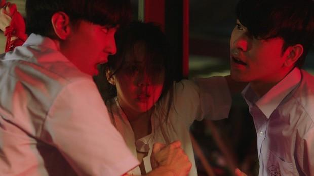 Cô giáo bị nam sinh giở trò đồi bại trong phòng kín: Làng phim Thái sẽ khiến cả châu Á sốc óc về độ bạo liệt trong năm 2022! - Ảnh 4.
