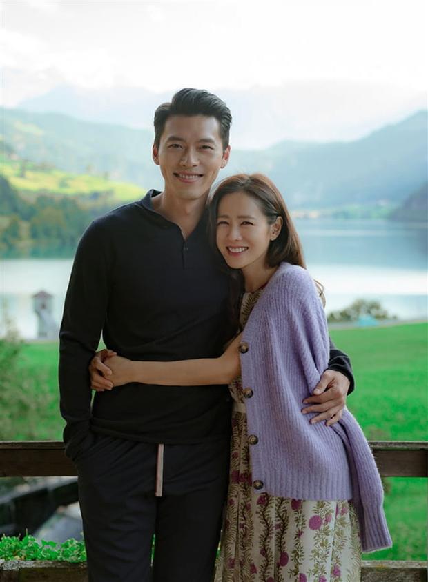 Son Ye Jin từng tát lật mặt Hyun Bin vì đã hôn còn chọn hướng, nhìn anh nhà giật mình ngã ngửa mà chết cười - Ảnh 1.