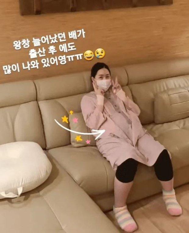 Nặng 104kg phải ngồi xe lăn vì mang thai sinh 3, nữ diễn viên Hàn gây bất ngờ với vóc dáng chỉ sau 1 tuần lâm bồn - Ảnh 5.