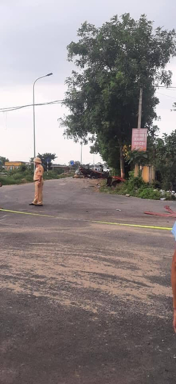 Xuất hiện góc camera khác vụ tai nạn thảm khốc ở Bắc Ninh khiến 3 người tử vong, trong đó có YouTuber nổi tiếng - Ảnh 3.