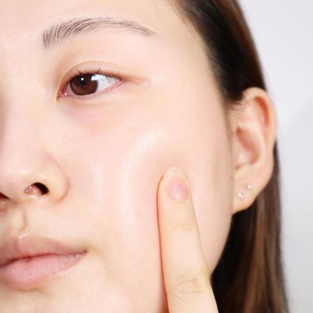 Chọn đúng sản phẩm chống oxy hóa mới giúp da trẻ và khỏe, nhưng làm sao để chọn đúng thì bạn biết chưa? - Ảnh 1.