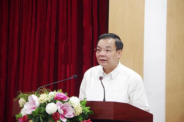 Chủ tịch Hà Nội nói gì về việc mở lại đường bay nội địa và thời gian học sinh trở lại trường? - Ảnh 1.