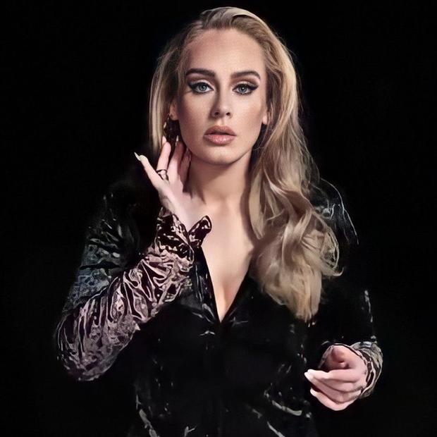 Adele sau 6 năm ở ẩn: Chấn động thế giới với màn giảm 45kg hậu ly hôn, vừa lột xác là có luôn bạn trai máu mặt giới thể thao - Ảnh 11.