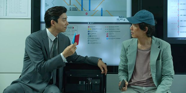 Ý nghĩa đen tối sau trò đập giấy ở Squid Game được đạo diễn tiết lộ: Khác 100% suy đoán của netizen, kinh hãi và ám ảnh hơn nhiều! - Ảnh 2.