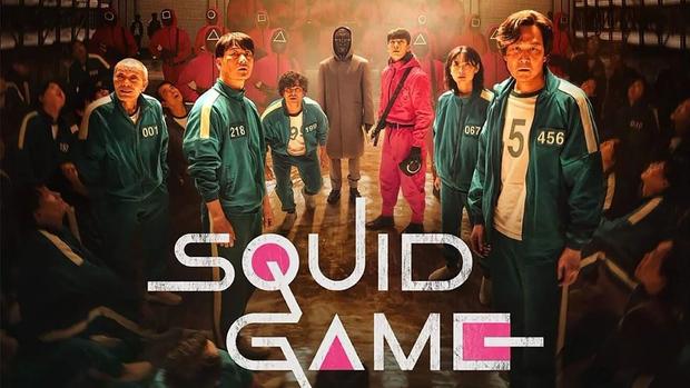 Ý nghĩa đen tối sau trò đập giấy ở Squid Game được đạo diễn tiết lộ: Khác 100% suy đoán của netizen, kinh hãi và ám ảnh hơn nhiều! - Ảnh 5.