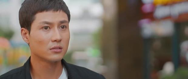 Khả Ngân - Thanh Sơn ôm hôn đắm đuối, suýt có cả cảnh 18+ nhưng lại bị phá đám ở 11 Tháng 5 Ngày - Ảnh 9.