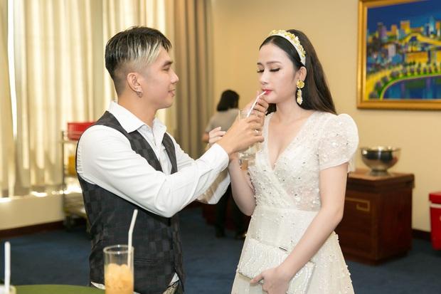 Vợ 1 sao nam Vbiz hú hồn khi tình cũ của chồng trượt tay thả like Facebook rồi xoá, netizen nhắc ngay đến ca sĩ H! - Ảnh 4.