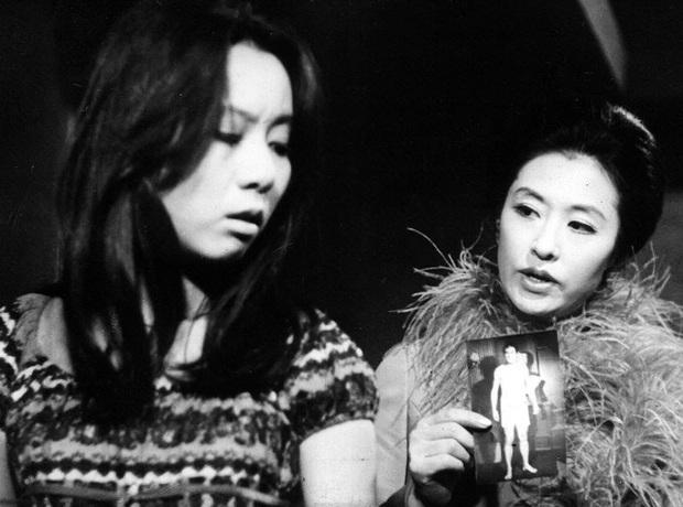 Ngỡ ngàng nhan sắc bà ngoại quốc dân màn ảnh Hàn thuở mới vào nghề: Visual đỉnh cao đúng gu thời đó, bảo sao nhận toàn vai xịn - Ảnh 7.