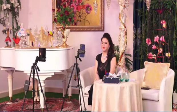 Bà Phương Hằng phủ nhận việc Nhâm Hoàng Khang là cánh tay phải: Tôi với một kẻ phạm pháp không thể chung chí hướng được - Ảnh 2.