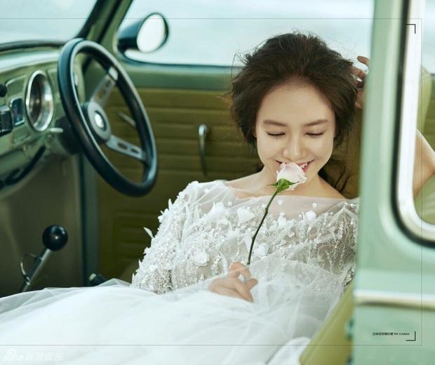 Mợ Ngố Song Ji Hyo từng lên show hẹn hò: Nam chính là trai đẹp xứ Đài, còn chụp cả bộ ảnh cưới lung linh - Ảnh 10.