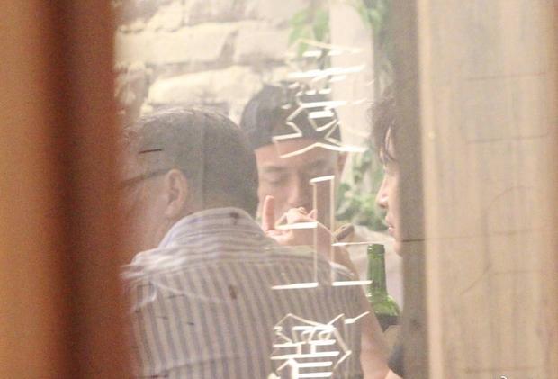 Cuộc hẹn hot nhất Cbiz hôm nay: Lâm Tâm Như đưa chồng đi sinh nhật… tình địch không đội trời chung - Ảnh 4.