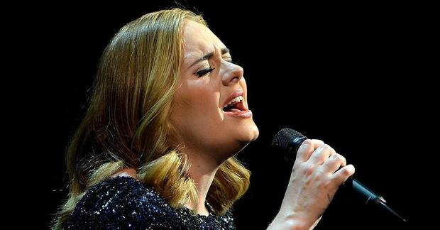 Vì sao chưa ra mắt mà album của Adele đã được dự đoán giật hết Grammy 2022, sức công phá đến Taylor Swift cũng phải tránh né? - Ảnh 6.