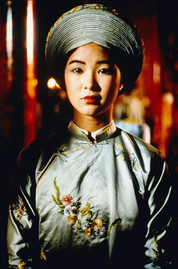 1 phim về Việt Nam của Pháp đẹp kinh hoàng đang khiến netizen choáng váng: Chuẩn từ văn hóa đến trang phục, lại còn thắng Oscar! - Ảnh 3.