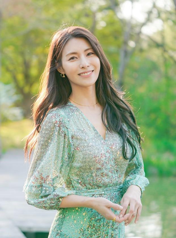 Từng là mỹ nữ nam thần của loạt phim huyền thoại một thời, giờ 5 diễn viên Hàn này đang ở đâu? - Ảnh 7.