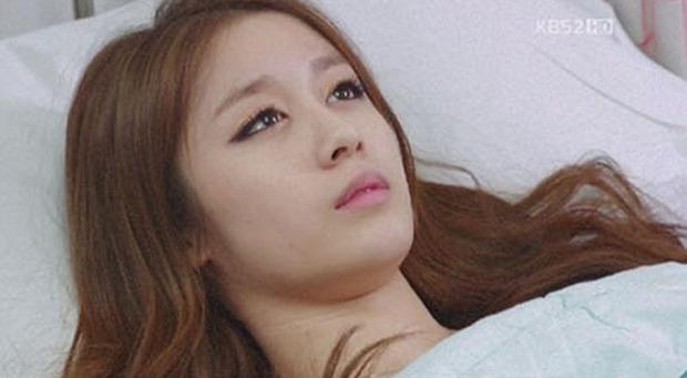 4 mỹ nhân Hàn bị chỉ trích vì quá đẹp trên phim: Yoona đóng xác chết vẫn xinh ngất, tức cười nhất là số 2 - Ảnh 8.