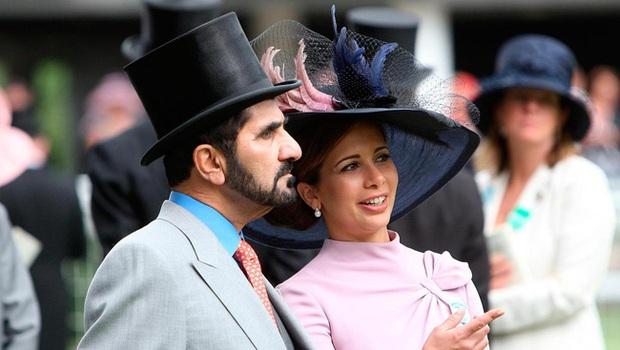 Ầm ĩ chuyện giành quyền nuôi con của Quốc vương Dubai: Hết truy đuổi, bắt cóc con gái đến hack điện thoại vợ cũ để giám sát - Ảnh 4.