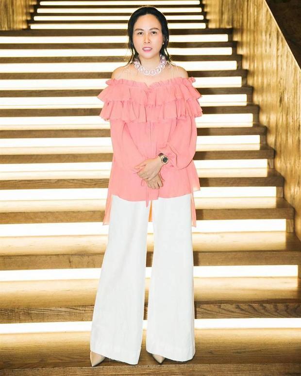 Có 1 item phụ nữ U50 né xa mà Phượng Chanel lại diện nhiệt tình, lăng xê suốt bao mùa không chán - Ảnh 7.