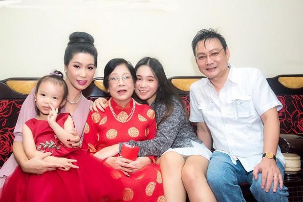 Tin buồn: Mẹ ruột Trịnh Kim Chi qua đời, NS Hồng Vân - Vy Oanh và dàn sao đồng loạt chia buồn - Ảnh 4.