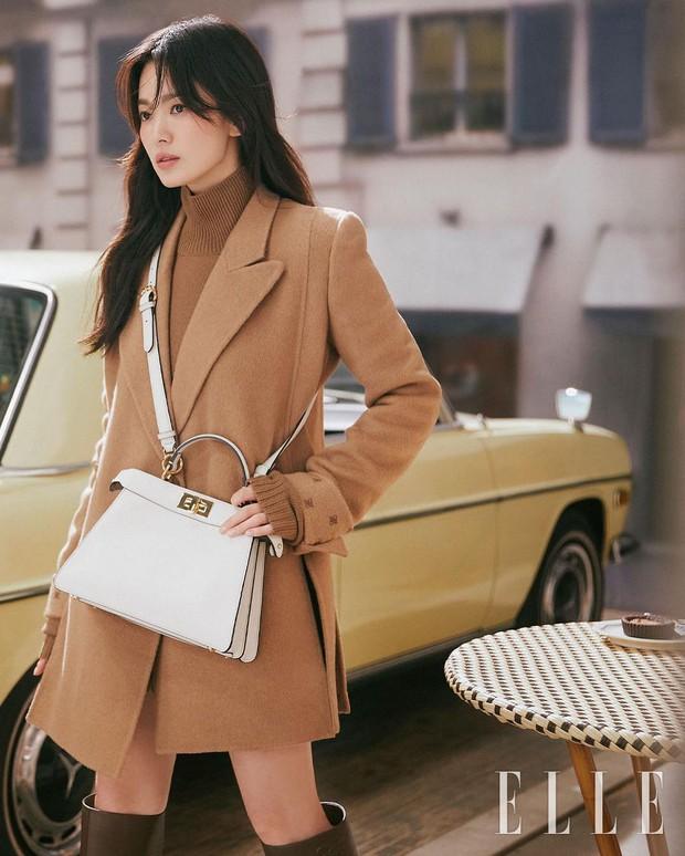 """Song Hye Kyo tung bộ ảnh """"bung xoã"""" visual: Chẳng biết có """"khịa"""" Song Joong Ki không nhưng đẹp… quá đà lắm rồi! - Ảnh 3."""