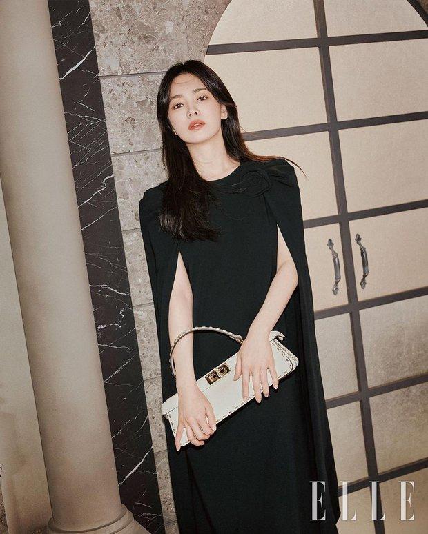 """Song Hye Kyo tung bộ ảnh """"bung xoã"""" visual: Chẳng biết có """"khịa"""" Song Joong Ki không nhưng đẹp… quá đà lắm rồi! - Ảnh 5."""