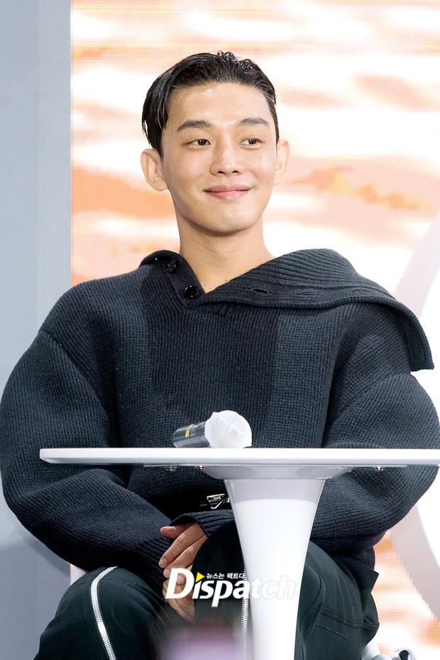 Dàn sao đổ bộ lễ ra mắt phim ở LHP Busan: Hươu cao cổ Lee Kwang Soo như người khổng lồ, Han So Hee đẹp phát sáng cả sân khấu - Ảnh 9.