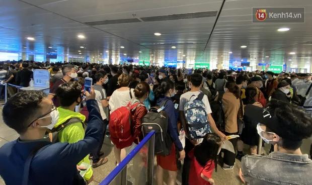 Từ 10/10, TP.HCM mỗi ngày có đến 10 chuyến khứ hồi ở sân bay Tân Sơn Nhất nhưng giá vé liệu có trên trời? - Ảnh 3.