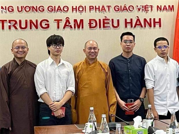 Còn nhớ cơn bão nhạc rap càn quét Việt Nam thời điểm này năm ngoái, ai ngờ đúng 1 năm sau gặp đủ thứ tranh cãi lẫn chỉ trích - Ảnh 10.