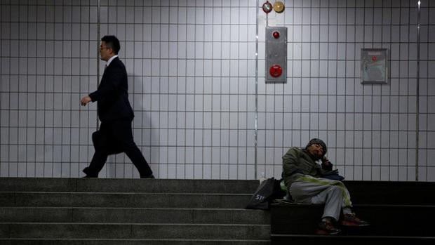 Bùng nổ phong trào chống nữ quyền của thanh niên Hàn Quốc: Áp lực xã hội dẫn đến tâm lý nạn nhân, đứng lên đòi công bằng cho nam giới? - Ảnh 2.