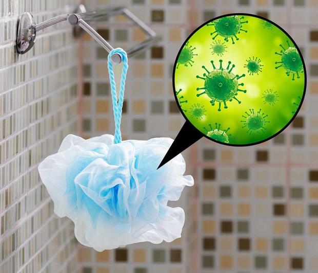 7 thói quen biến phòng tắm thư giãn thành ổ vi khuẩn, virus gây bệnh từ cảm lạnh đến viêm gan, dường như gia đình nào cũng có đủ - Ảnh 3.