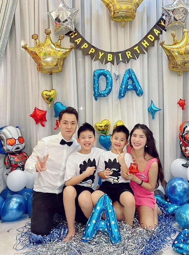 Đăng Khôi - Thuỷ Anh mừng sinh nhật hoành tráng cho con trai trong biệt thự triệu đô, hé lộ sở thích đặc biệt của nhóc tỳ 6 tuổi - Ảnh 4.