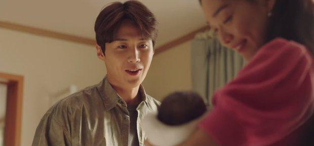 Kim Seon Ho - Shin Min Ah cãi nhau to, lý do chỉ vì một bức hình ở Hometown Cha-Cha-Cha tập 13? - Ảnh 7.