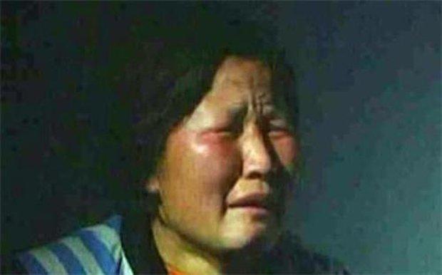 Nữ quái chuyên bắt cóc buôn người gieo rắc bất hạnh cho hàng chục gia đình, quả báo đến muộn sau 12 năm còn khủng khiếp hơn địa ngục - Ảnh 1.