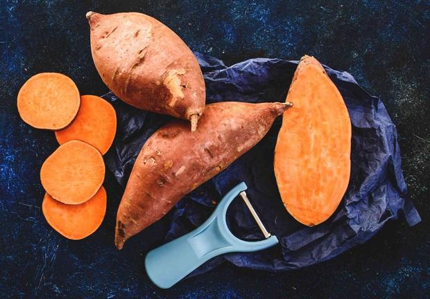 3 loại thực phẩm có tính kiềm là kẻ thù của ung thư, ăn một ít mỗi ngày chẳng lo tế bào ung thư xâm nhập - Ảnh 1.