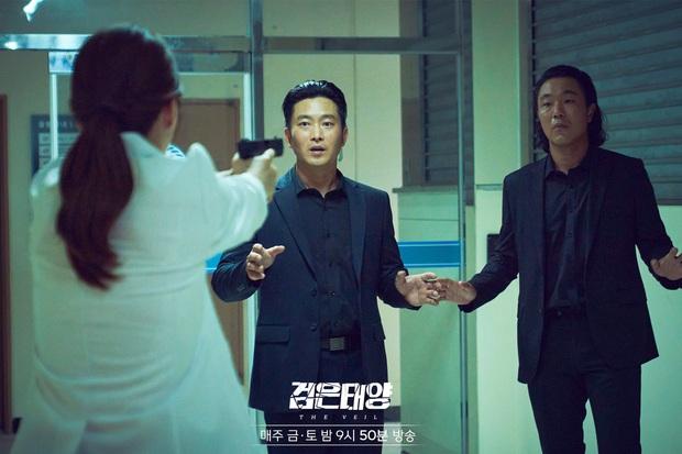 Rating phim của Kim Go Eun lại tụt thê thảm, bom tấn có nữ chính nói tiếng Việt thăng hạng chạm nóc - Ảnh 4.