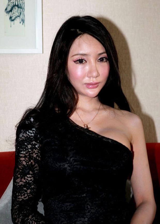 Nữ thần mặt rắn quay MV gợi dục, bị 10 người cưỡng hiếp tiết lộ sự thật chấn động bị tra tấn, đánh đập để ép buộc - Ảnh 5.