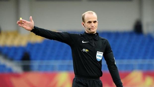 Tuyển Việt Nam gặp lại trọng tài quen mặt trong trận với tuyển Oman - Ảnh 2.