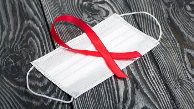 HIV phủ bóng đen ở Đông Âu trong đại dịch COVID-19 - Ảnh 1.