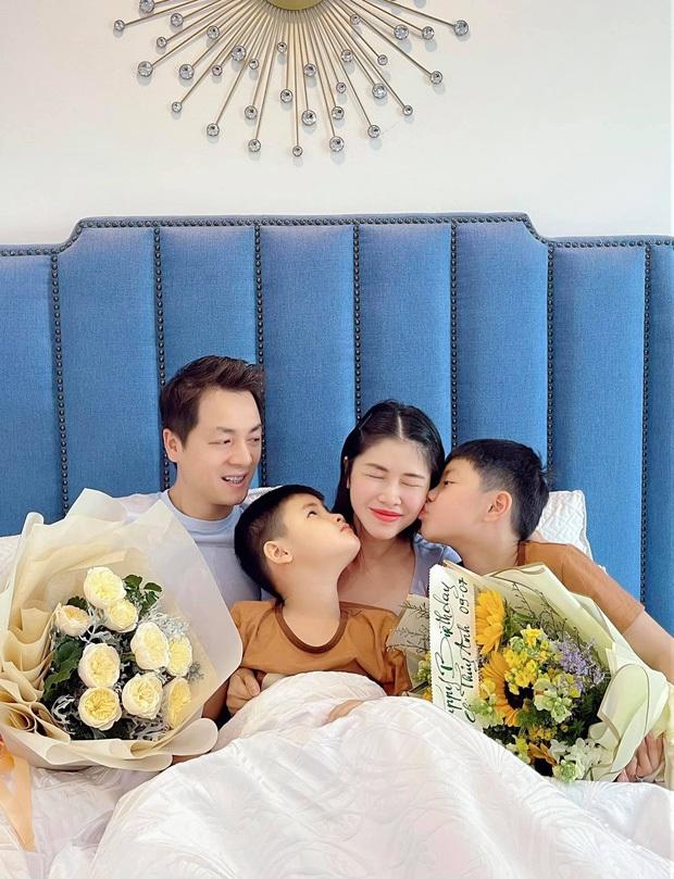 Đăng Khôi - Thuỷ Anh mừng sinh nhật hoành tráng cho con trai trong biệt thự triệu đô, hé lộ sở thích đặc biệt của nhóc tỳ 6 tuổi - Ảnh 9.