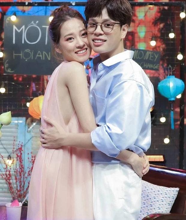 Vợ chồng Jaykii ẵm bồng 2 bé nhà Dương Khắc Linh, netizen nhớ lại mối quan hệ dây mơ rễ má trong quá khứ - Ảnh 6.