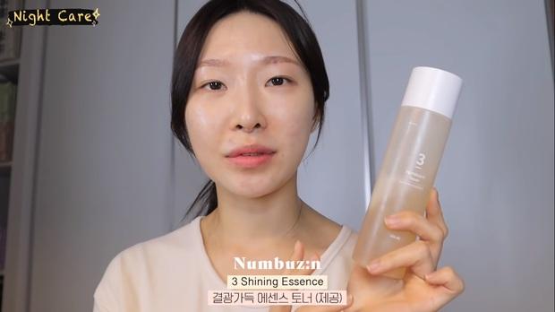 """Makeup artist người Hàn chia sẻ loạt sản phẩm đỉnh cao giúp cô """"cải tạo"""" làn da thâm mụn xấu xí trở nên căng mướt như phủ sương - Ảnh 6."""