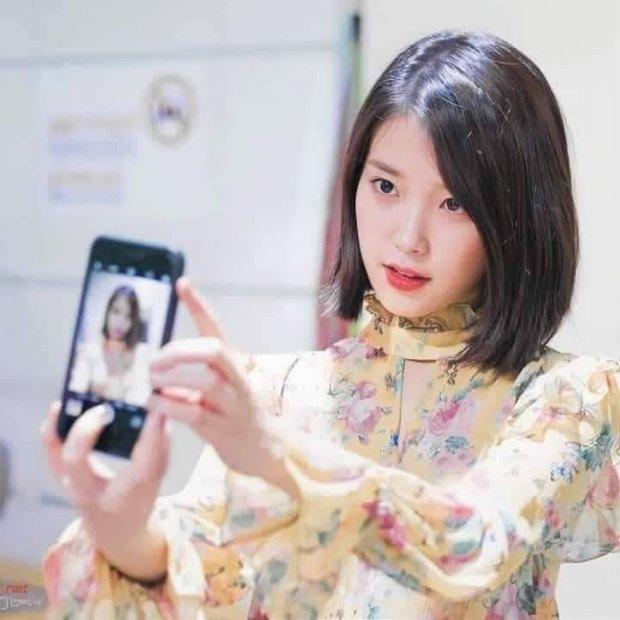 Netizen phát sốt vì trình độ selfie thượng thừa với camera sau iPhone của IU - Ảnh 5.