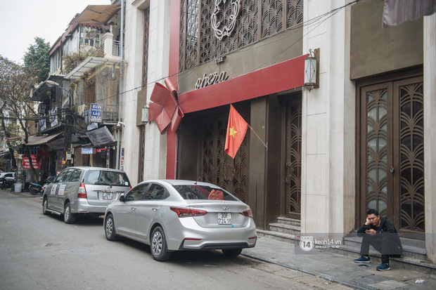 Ảnh: Tình hình quán xá Hà Nội trong ngày đầu thực hiện tạm đóng cửa vũ trường, quán bar và thắt chặt phòng chống dịch Covid-19 - Ảnh 3.