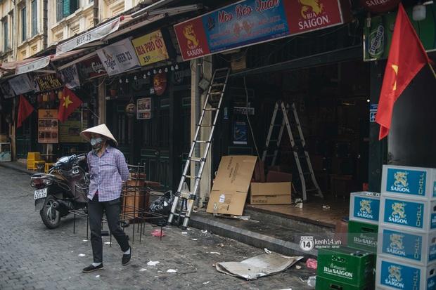Ảnh: Tình hình quán xá Hà Nội trong ngày đầu thực hiện tạm đóng cửa vũ trường, quán bar và thắt chặt phòng chống dịch Covid-19 - Ảnh 4.
