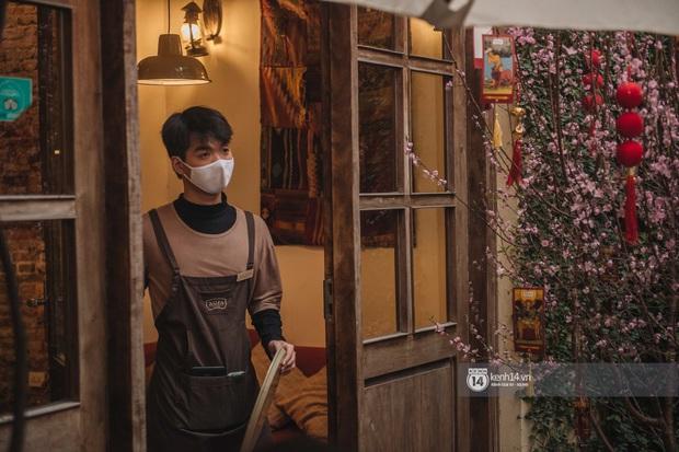 Ảnh: Tình hình quán xá Hà Nội trong ngày đầu thực hiện tạm đóng cửa vũ trường, quán bar và thắt chặt phòng chống dịch Covid-19 - Ảnh 10.